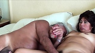 ASIAN Wifey SUCK DADDY Shaft