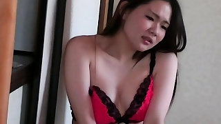 Hairy pussy asian babe in solo