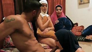Dp orgy Warm arab ladies..