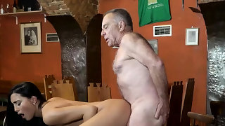 Old mature cum in mouth and..