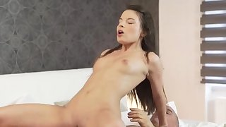 Hung old dude Her Wet Dream